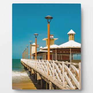 Wellenbrecher-Gehweg an Fortaleza-Strand Fotoplatte