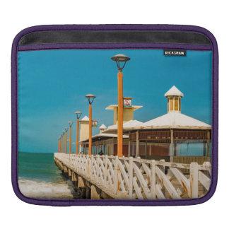 Wellenbrecher-Gehweg an Fortaleza-Strand Sleeve Für iPads