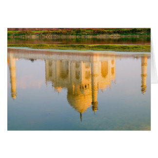Weltberühmte Taj Mahal Tempelreflexion an Karte