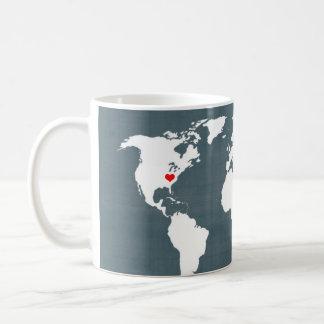 Weltkarte. Blau und Weiß Kaffeetasse