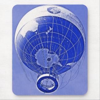 Weltkugel-Ballon im Blau Mousepads