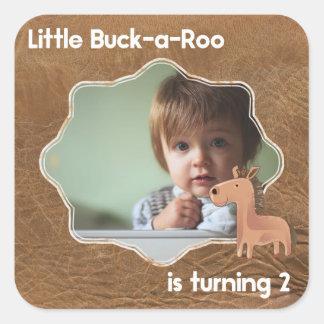 Wenig Buckaroo-zweites Geburtstags-Bild Quadratischer Aufkleber