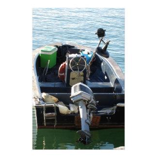 Wenig italienisches Fischerboot auf dem Meer Briefpapier
