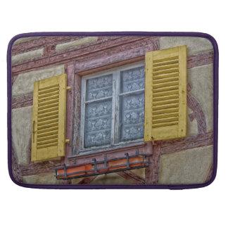 Wenig Venedig in Colmar MacBook Pro Sleeve