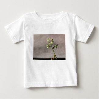 Wenige Blumen-Knospen Baby T-shirt