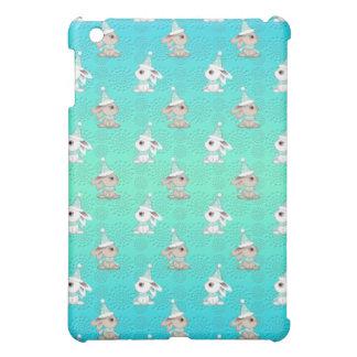 Wenige Schnee-Häschen im Hut-und Schal-Muster iPad Mini Hülle