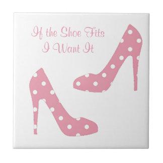 Wenn der Schuh Rosa passt Keramikfliese