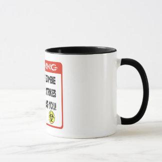 Wenn der Zombieausbruch mich schlägt, sind Sie Tasse