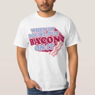 Wenn im Zweifel, setzen Sie SPECK auf ihn T - T-Shirt