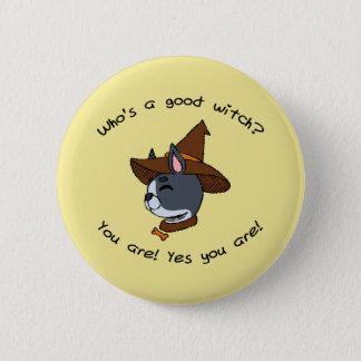 Wer ist eine gute Hexe? Version Bostons Terrier Runder Button 5,7 Cm