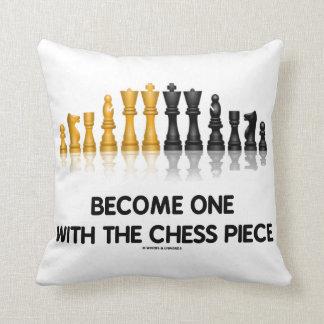 Werden ein mit dem Schach-Stück-Schach-RateSpaß Kissen