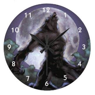 Werewolf, der am Mond heult Große Wanduhr