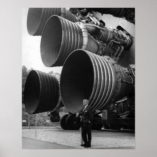 Werner Von Bran Und Die Saturn V Rakete Poster Zazzle De