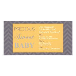 Wertvoller Zickzack Baby-Dusche Einladen-Honig Foto Karten Vorlage