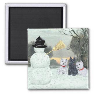 Westies und Scottie mit Schneemann Kühlschrankmagnete