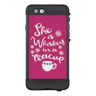 Whisky in einem Teacup NÜÜD® für Apple iPhone LifeProof NÜÜD iPhone 6 Hülle