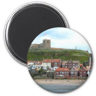 Whitby in North Yorkshire Runder Magnet 5,7 Cm
