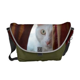 white cat bag *** kuriertasche