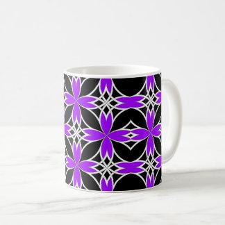 Widergespiegelter Celtic (lila wandeln Sie) um Kaffeetasse