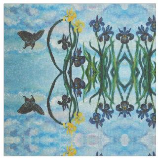 Widergespiegelter Schmetterlings-und Iris-Himmel Stoff