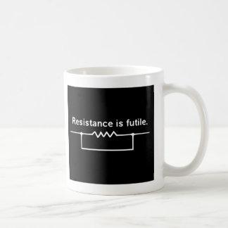 Widerstand ist vergeblich kaffee tasse