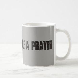 Wie eine Gebets-Tasse Kaffeetasse