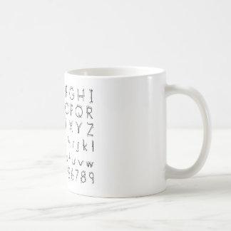Wie man Ihre Briefe - Alphabethandschrift bildet Kaffeetasse