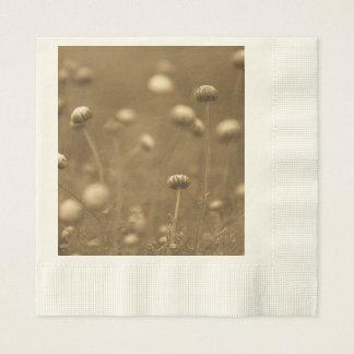 Wildblumen im Sepia Serviette