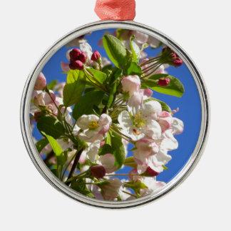 Wilde Apfelbaumblüten Rundes Silberfarbenes Ornament