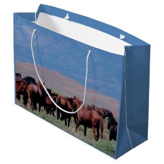 Wilde Pferde heraus nach Westen Große Geschenktüte