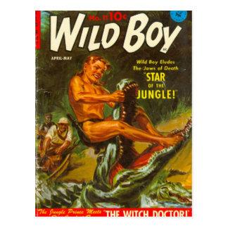Wilder Junge wringt ein Krokodil Postkarte