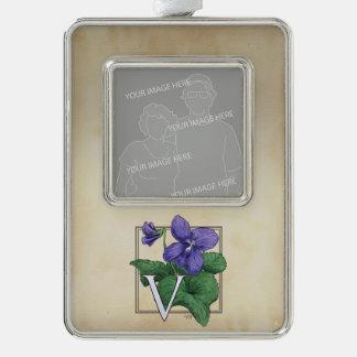 Wildes violettes personalisiertes Blumen-Monogramm Rahmen-Ornament Silber