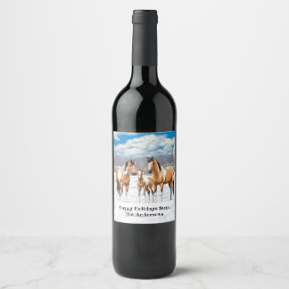 Wildleder-Farben-Pferde im Schnee Weinetikett