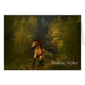 Wildleder-Pferd in der Waldgeburtstags-Karte Karte