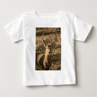 Wildnis Tarnung Outdoorsman-Weißwedelhirsch Baby T-shirt