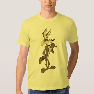 WILE E. COYOTE™ Looking stolz T Shirts