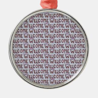 Willkommen beschriftet Muster Rundes Silberfarbenes Ornament