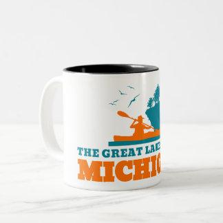 Willkommen nach Michigan (MI) - Farblogo Zweifarbige Tasse