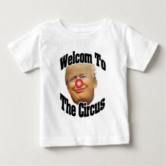 Willkommen zum Zirkus Baby T-shirt
