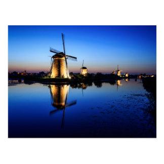 Windmühlen an der blauen Stundenpostkarte Postkarte
