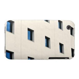 Windows in einem Büro-Gebäude iPhone 3 Cover