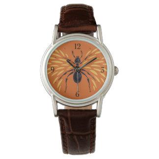 Winged Ameisen-Insekten-Liebhaber-brennende orange Armbanduhr