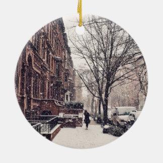 Winter auf Upper West Side Rundes Keramik Ornament
