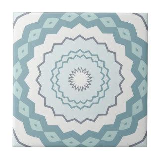 Winter-Blues-eisiges blaues Kaleidoskop Keramikfliese