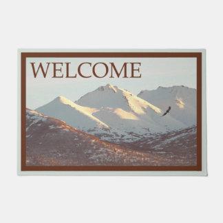 Winter Eagle und Berge - Willkommen Türmatte