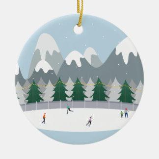 Winter-Eis-Skaten-Feiertags-Baum-Verzierung Rundes Keramik Ornament