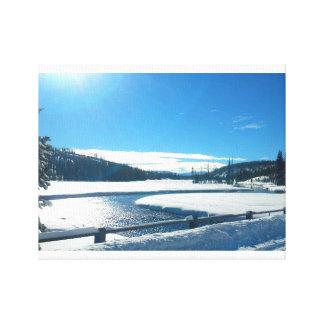 Winter-Fluss in Yellowstone Leinwanddruck