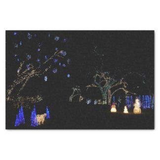 Winter-Märchenland beleuchtet blauen und weißen Seidenpapier