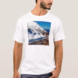 Winter-Szenen-Gebirgsstraßen-Kälte-Tageszeit T-Shirt