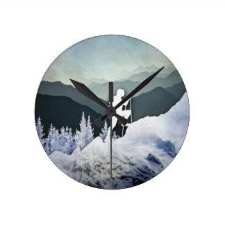 Winter-Wanderung Runde Wanduhr